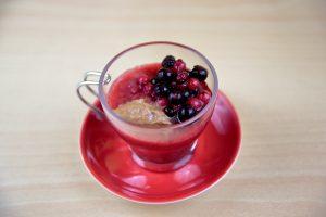 Gelatina de fresa, frutos rojos & praliné de avellanas